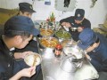 中国海军配新型远航食品 适合潜艇官兵食用
